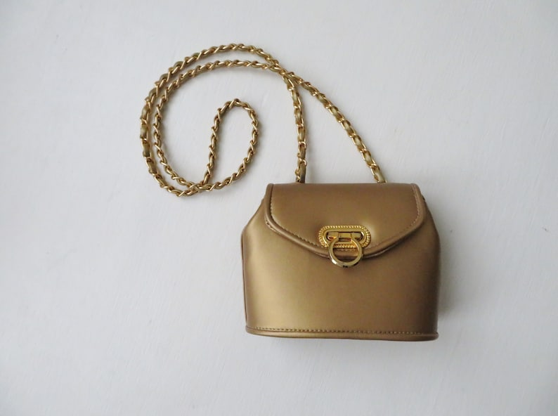 gold mini bag, evening bag with gold chain,