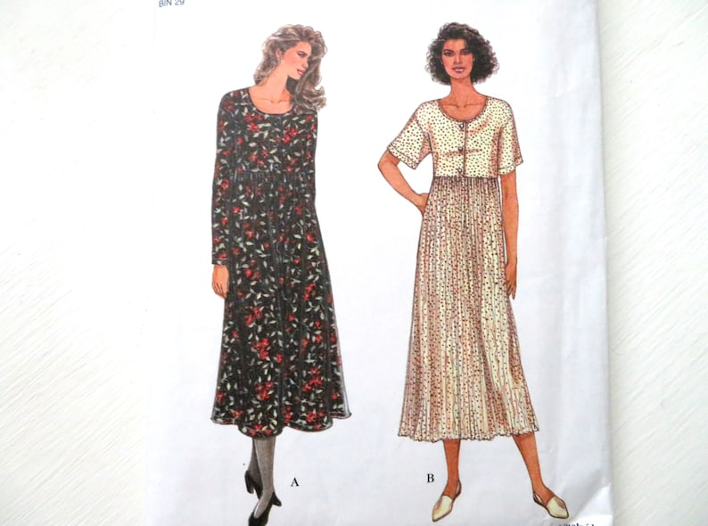 market dress, empire waist field dress, vintage 90s sewing pattern, women  small and extra small, Simplicity 9280