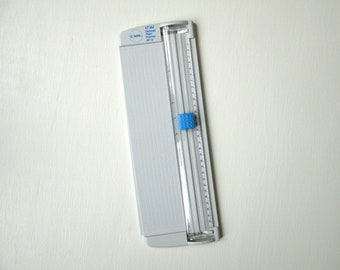 paper trimmer,12 inch, Carl RBT 12, scrapbooking, card making, paper cutter, journal making