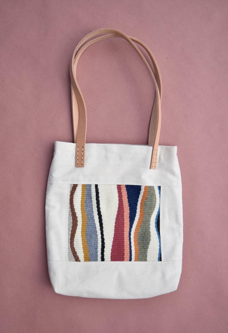 f7ece913dd97a Minimalistyczny Płócienna torba z ręcznie tkane tkaniny patch | Etsy