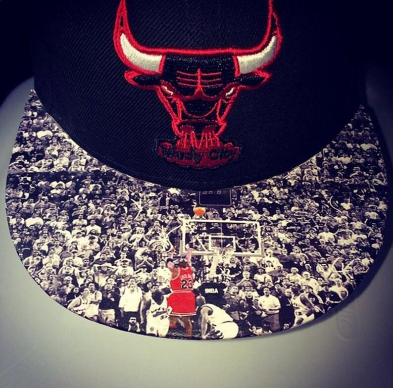 Chicago Bulls Buzzer Beater MJ image 0