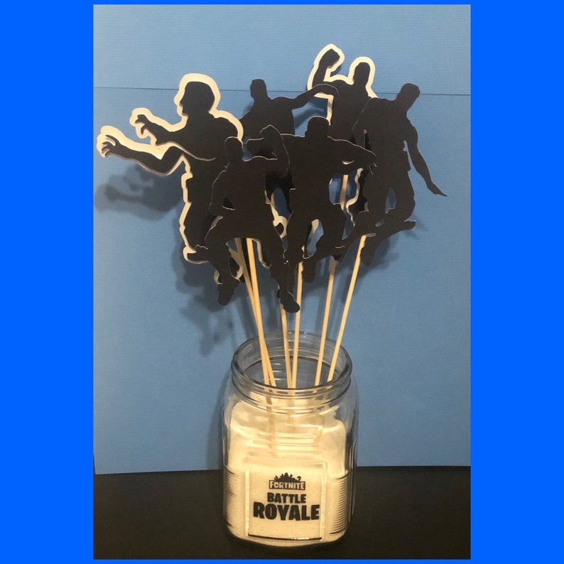 Battle Royal emotes Dancers Themed Birthday Party Glass Centerpiece wor without dancers