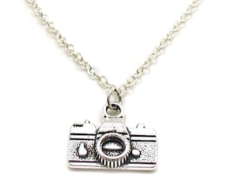 Camera Necklace, Charm Necklace, Charm Jewelry, Camera Pendant, Tiny Camera Jewelry, Dainty Camera Charm, Jewelry Gift, Photography Necklace