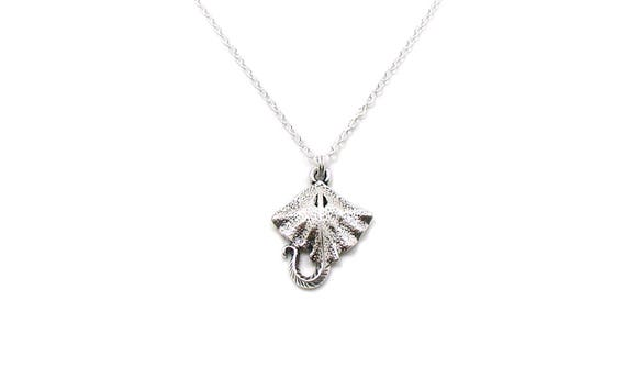 personalized necklace sea animal initial charm initial necklace ocean necklace monogram Stingray necklace stingray stingray charm