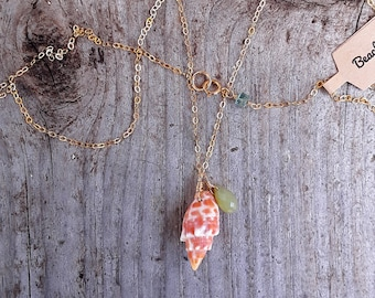 Hawaii mitler shell necklace,14k gold filled,chalcedony,beachy,boho,bridal,made in Hawaii