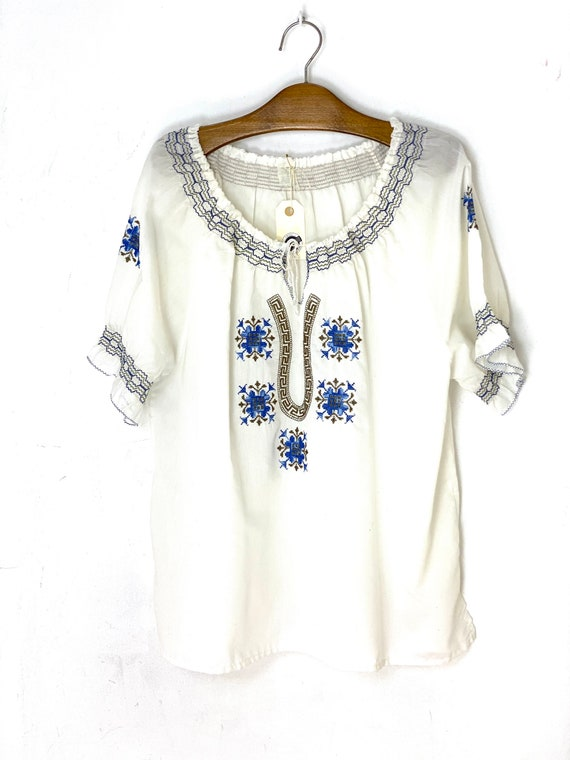 Folkore vintage embroidery blouse | Size XL | whit