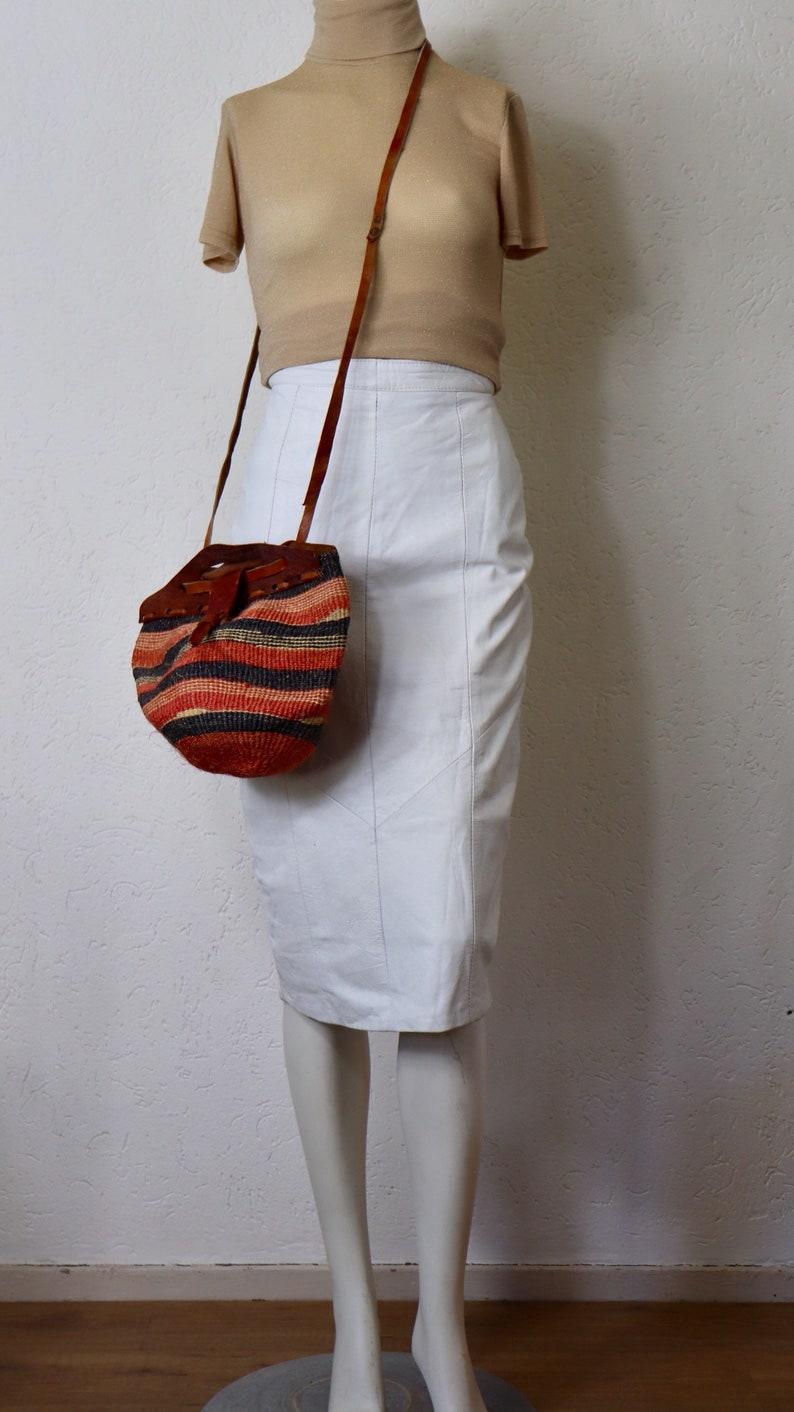 9407e89f62cc54 Jupe vintage en cuir blanc Witte leren au-dessus de knie rok