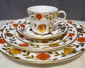 Royal Crown Derby - discontinued Duesbury shape quot ASIAN ROSE quot 8687 - 5pc Dinnerware Set Service for One -