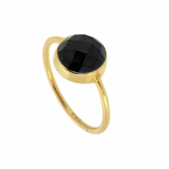 Saturn Spinel Ring