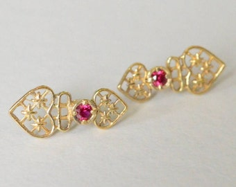 Vintage Sterling Silver Vermeil Filigree Garnet Pierced Post Stud Style Earrings