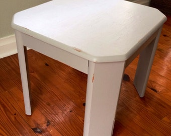 Charming Upcycled Side Table