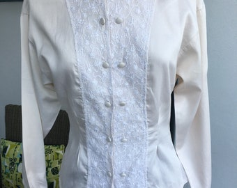 Laura Ashley Vintage 80s Cream Lace Panelled Collarless Long Sleeved Blouse