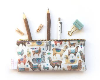 Pencil Case, Llama, Pencil Pouch, Make Up Bag, Alpaca, Small Bag, Zipper Pouch, Pouch, pencil bag, cute pencil case, organiser, small bag,