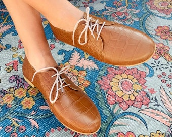 Brown Animal Print Women Leather Shoes,Flat Ties Ladies Oxfords Designer Shoes. Office shoes