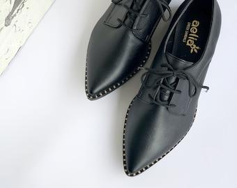 Vegan Derby Woman Flats Shoes In Black Color