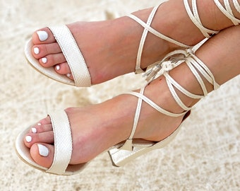 Ivory Medium Heel Wedding Sandals  last pair 39EU size / 8 US
