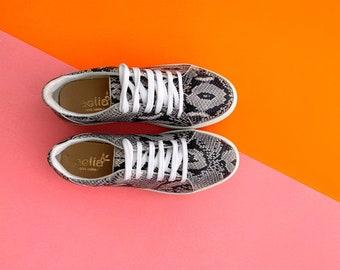 Snake print handmade Sneakers Shoes