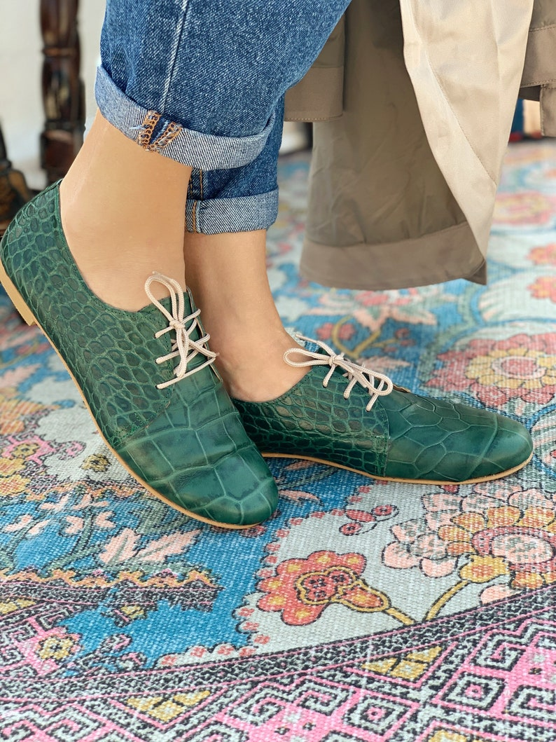 Formal Shoes For Ladies  Green Animal Print Evening Shoes. image 0