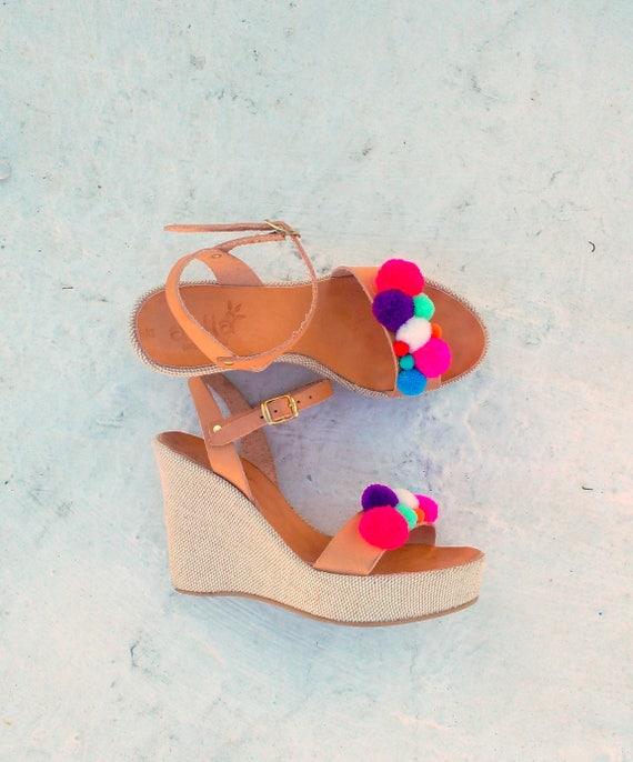 high heel platform with pom pom