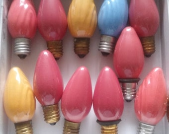 GLASS CHRISTMAS BULBS Vingtage Lot (11)