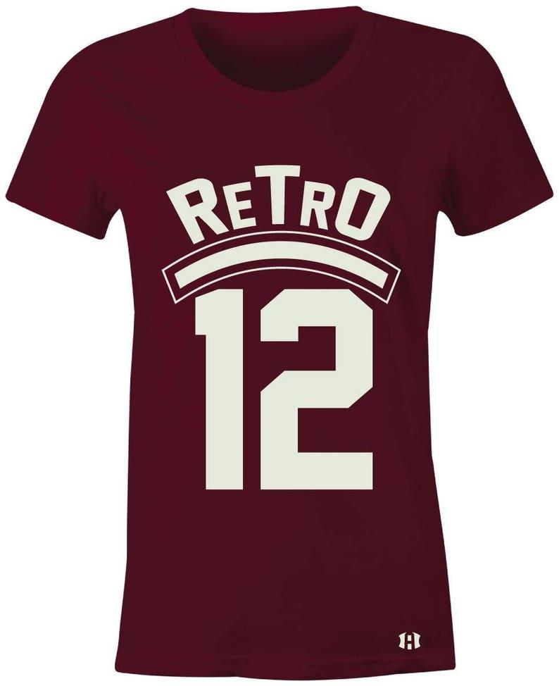 promo code c60e0 44ff7 12 rétro Juniors femmes T-Shirt pour correspondre à Jordan   Etsy