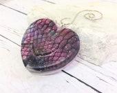Pine Snake Shed Heart Chr...