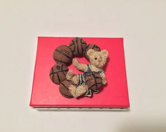 Boyds Bear Brooch Pin Basketball sport resin J.B. and The Basketballs vintage