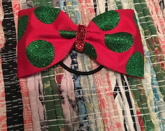 Tailless red christmas cheer bow