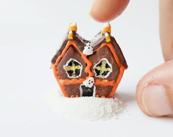1:2 Halloween Miniature gingerbread house / Dollhouse Halloween miniature scale 1 12 / Scale one inch miniature gingerbread house Halloween