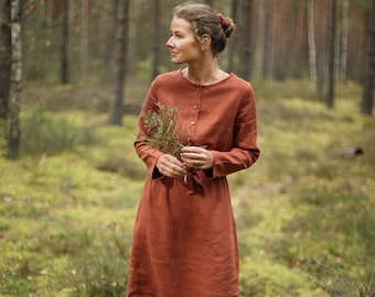 Tight fit linen dress. Below-the-knee length, long sleeve linen dress with pockets and buttons. Washed linen clothing, Winter Linen Dress