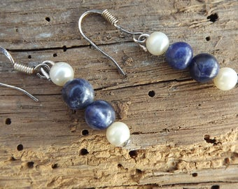 925 Silver local designer earrings vintage pearl and sodalite