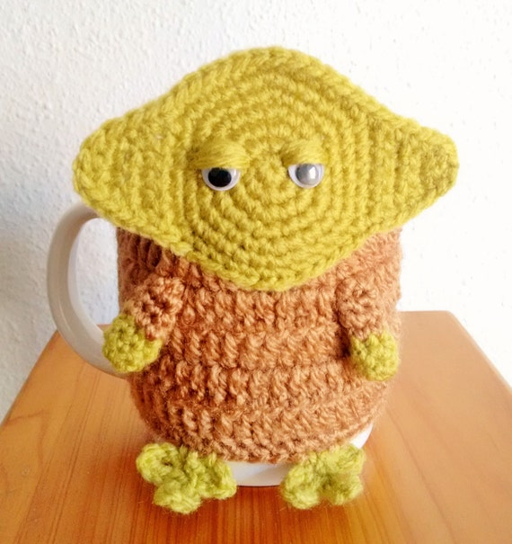 4627fc0aed1 Handmade Yoda Star Wars amigurumi crochet mug cover READY TO