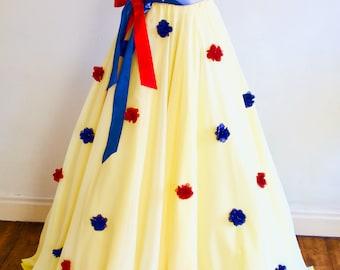 aefd80d7a0570 Snow white skirt | Etsy