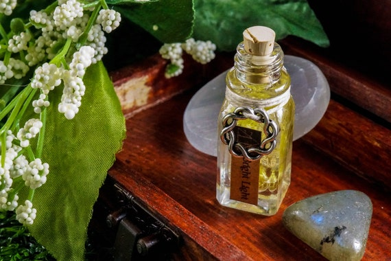 BRIGHT LIGHT: Ritual Oil for Apollo, Greek God of Music, Light, Poetry and The Sun