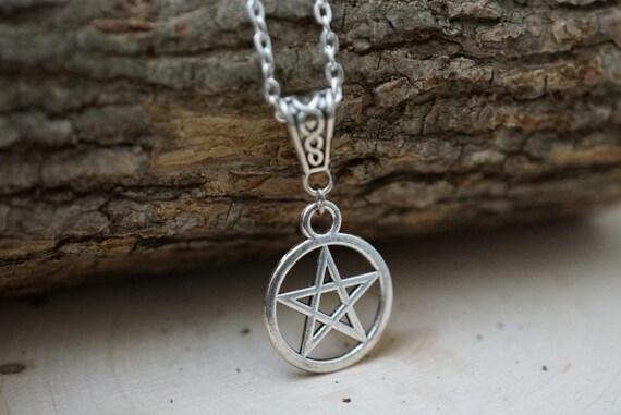 Simple Silver Pentagram Necklace