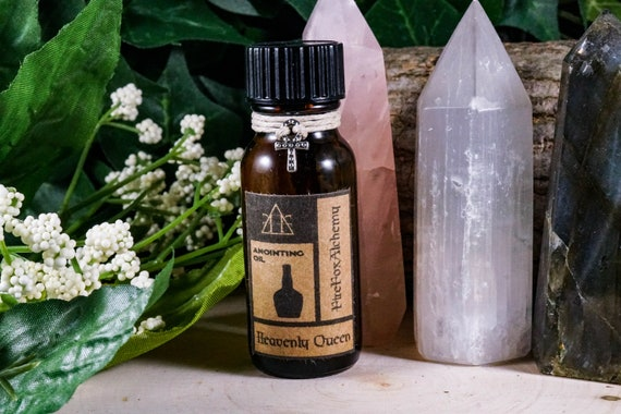 HEAVENLY QUEEN: Ritual Oil for Isis/Aset Egyptian Mother Goddess 1/2oz