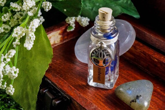 IRONHEART: Ritual Oil for Sigyn, Norse Goddess of Devotion