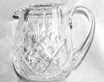 """Large Vintage Heavy Crystal Cut Glass Jug water pitcher 6 1/16"""" Tall Fan, Criss Cross and Thumbprint Design c.1980's (ref: H150)"""