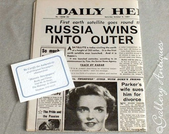 Vintage Daily Herald Newspaper from Saturday October 5 1957 - Headline Russia Wins Race into Outer Space - memorabilia (ref: 5011)