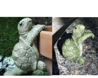 Turtle pot hanger, garden decoration, for fairy gardens