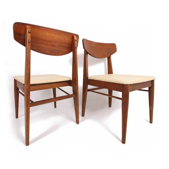 Remarkable Pair Of Mid Century Modern Walnut Dining Chairs Curved Back Mid Century Modern Machost Co Dining Chair Design Ideas Machostcouk