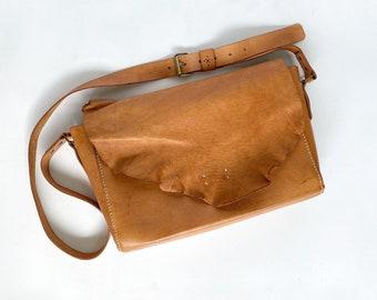 Messenger Leather Bag / Woman Leather Bag / Shoulder Leather Bag / Leather Bag / Vegtanned Leather Bag