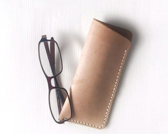 Leather Glasses Case, Leather Reading glasses Case, Eyeglass Case, Gift for Him, Gift for Her, Artisan Leather Glasses Cover.