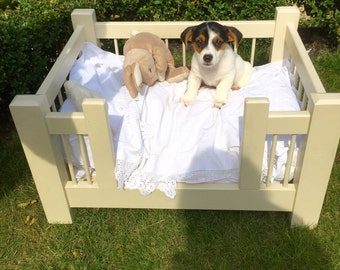 Bespoke Shabby Chic wooden wood pet bed / dog bed dog cot / pet cot