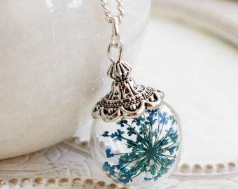 Flower Necklace, Flower Jewelry, terrarium, blue flower, pressed flower, flower jewelry, gift for woman, flower art, botanical jewelry, gift