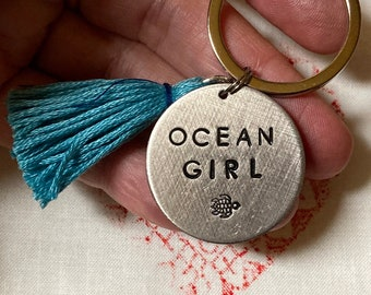 OCEAN GIRL - key ring with tassel * choose s symbol surfboard, wave, seashell, seahorse,...