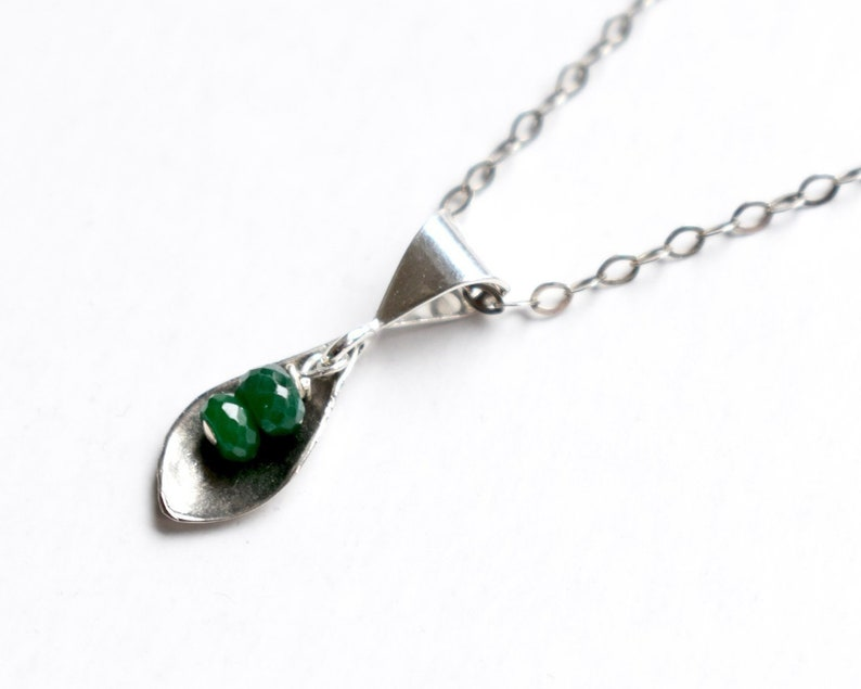 086ccb005137c Emerald Necklace Sterling Silver Emerald Pendant, May Birthstone Taurus  Necklace Crystal Stone Necklace Gift for Mom of Twins Mother of Two