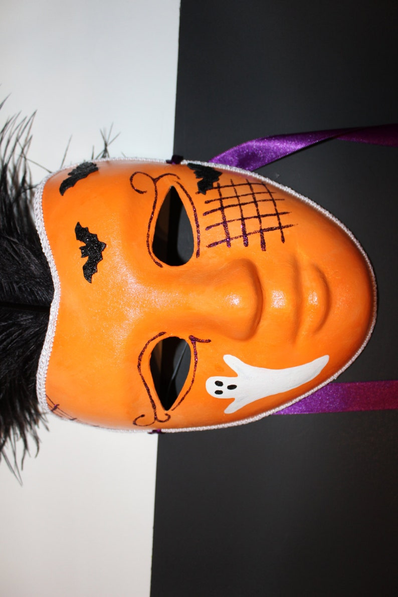 ghost Full face Halloween mask with feathers bats