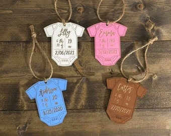 Custom Baby Stats Wood Ornament New Baby Personalized Laser Engraved White Blue Pink Brown Christmas Gift Newborn
