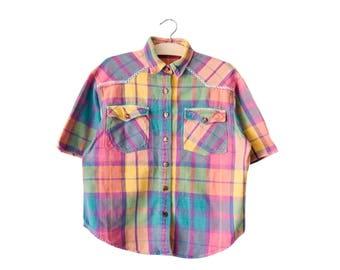 Vintage plaid shirt | fits many